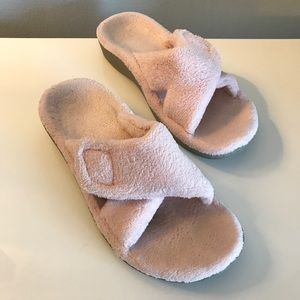Vionic Relax Slippers w/ Orthotic Arch 8 pink